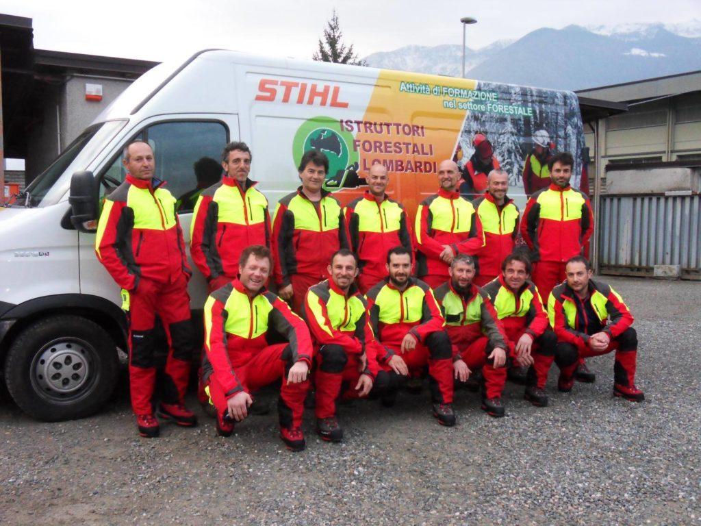 la squadra di Istruttori Forestali Lombardi